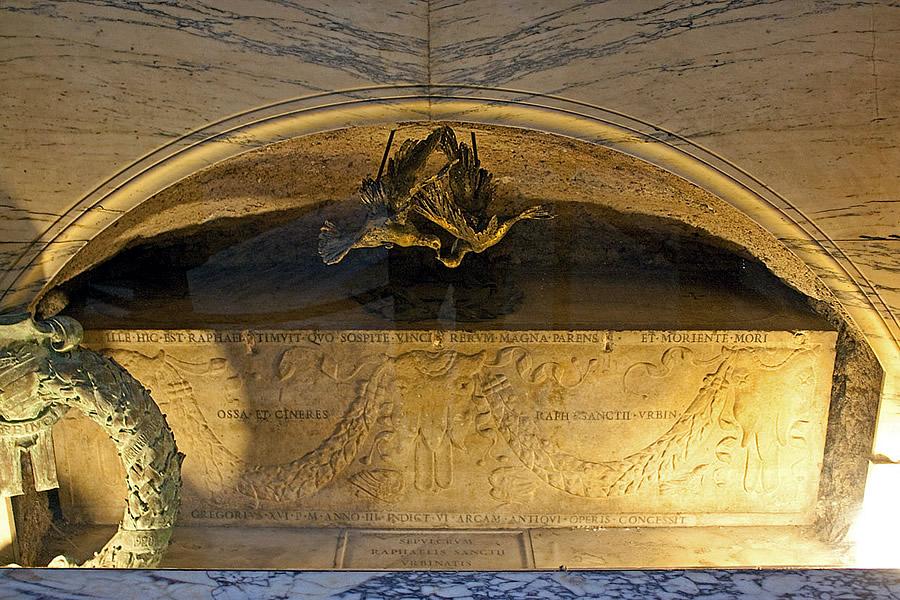 Raphael's sarcophagus