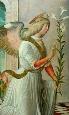 Перед Нею с длинной веткой лилии в руках стоял Архангел