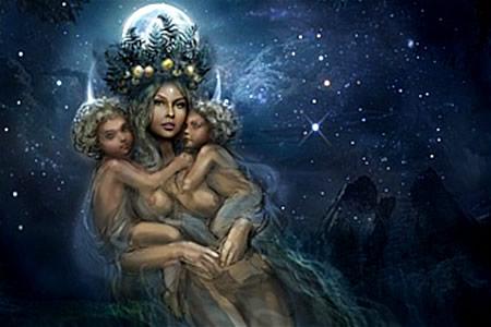 Богиня Купальница с близнецами Костромой и Купалой